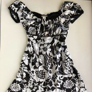 Studio Y Floral Black and White Dress